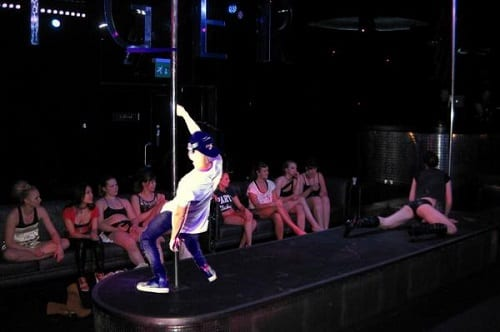 friction pole dance
